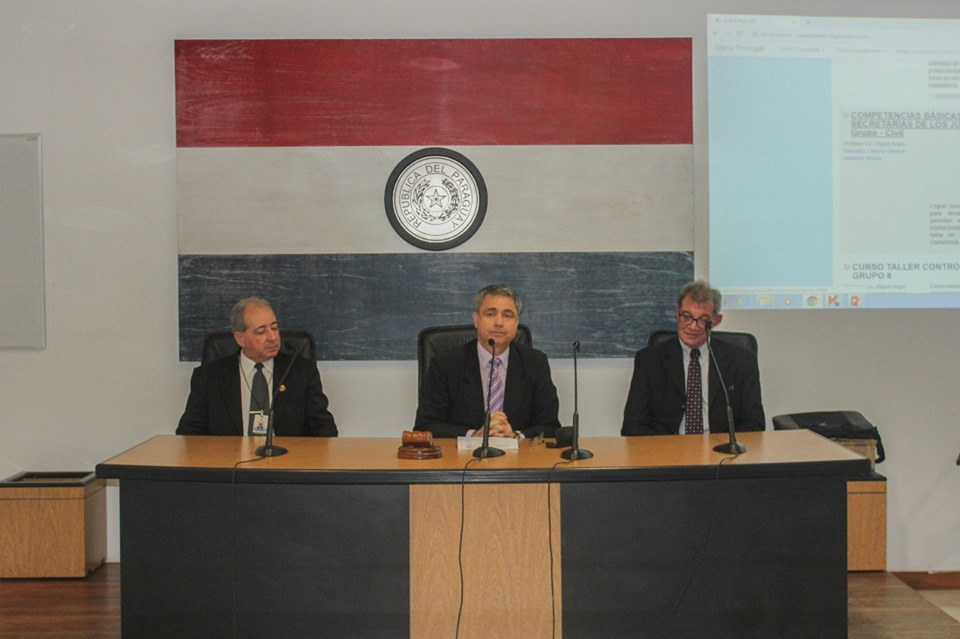 Programa Sobre Competencias Básicas Para Las Secretarías De